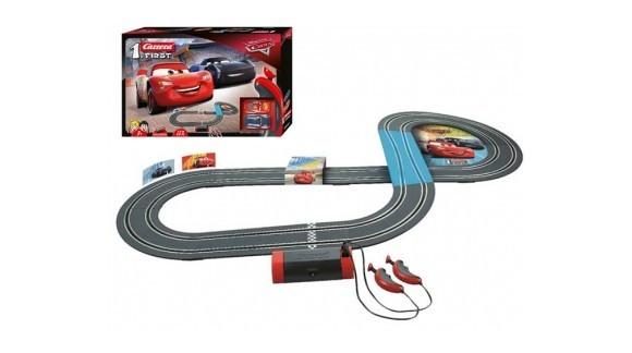 Любовь к скорости начинается с Carrera First